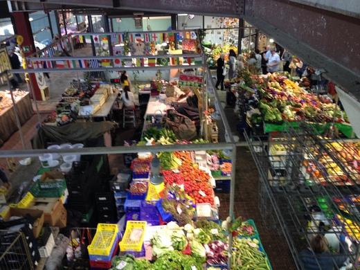 祝日4月25日の中央市場は開けることになりました_a0136671_23584561.jpg