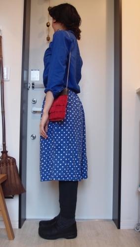青!赤!得意色の冷え取りファッション15 4/23_c0342582_14081538.jpg
