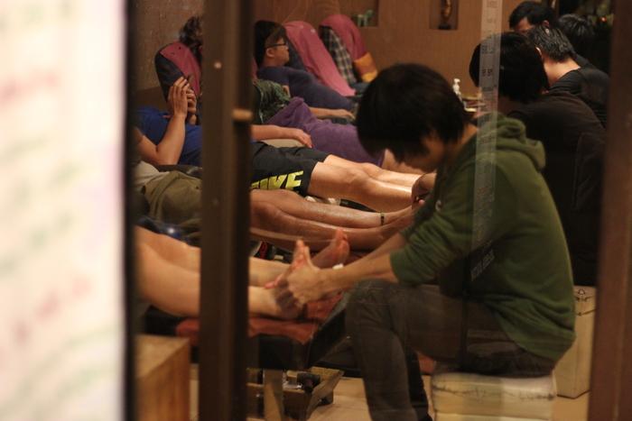 マッサージ チェンマイ Chiang Mai Reflexology Center_e0141982_2048162.jpg