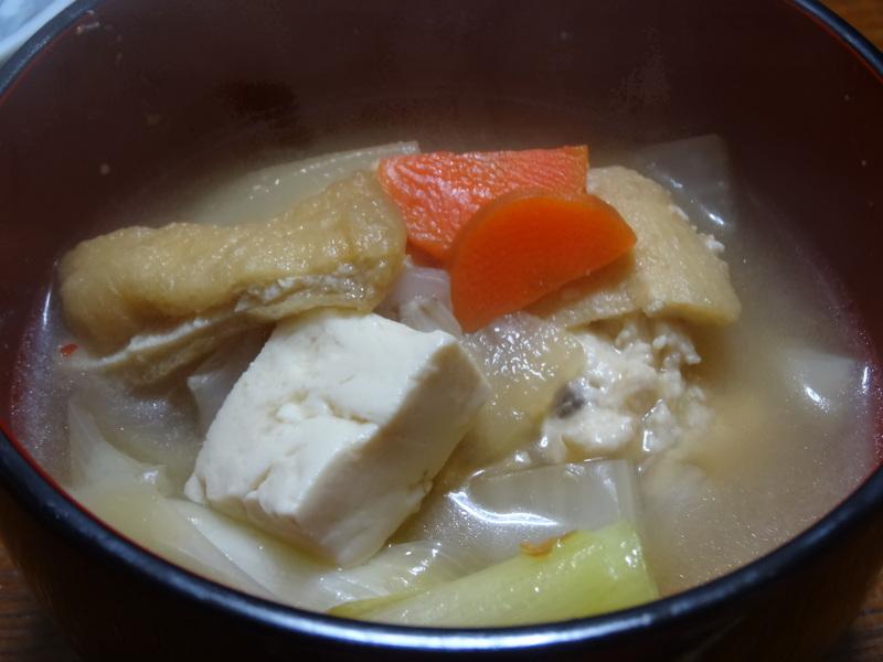銀鱈の西京漬け、鶏団子の具沢山味噌汁、目玉焼き、豚バラ肉のスタミナ焼です。_c0225997_5131048.jpg