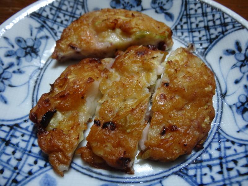 銀鱈の西京漬け、鶏団子の具沢山味噌汁、目玉焼き、豚バラ肉のスタミナ焼です。_c0225997_5263859.jpg