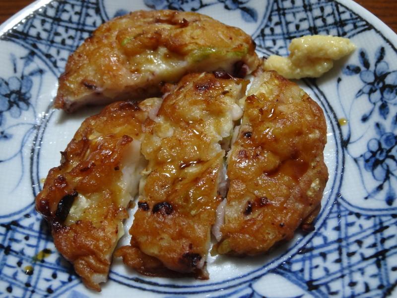 銀鱈の西京漬け、鶏団子の具沢山味噌汁、目玉焼き、豚バラ肉のスタミナ焼です。_c0225997_5275496.jpg