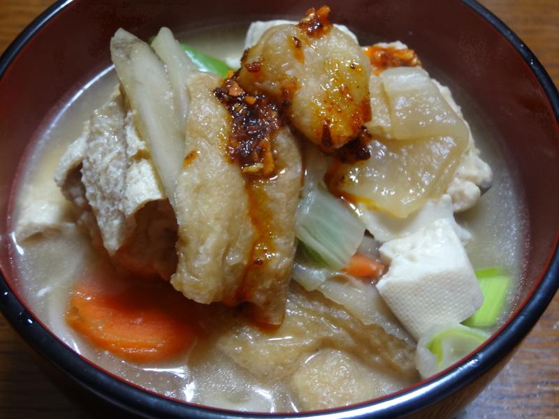 銀鱈の西京漬け、鶏団子の具沢山味噌汁、目玉焼き、豚バラ肉のスタミナ焼です。_c0225997_5315492.jpg