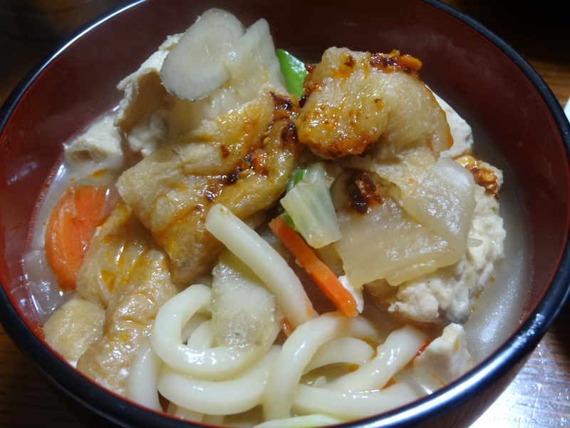 銀鱈の西京漬け、鶏団子の具沢山味噌汁、目玉焼き、豚バラ肉のスタミナ焼です。_c0225997_532529.jpg