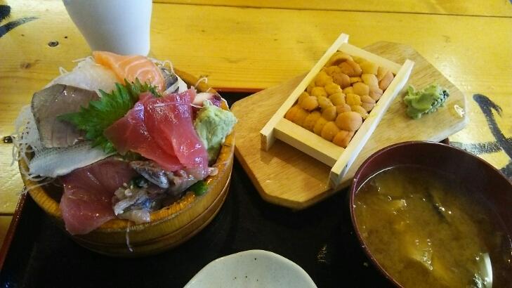 タカマル定食とウニ@タカマル鮮魚店(新宿)_c0212604_1512417.jpg