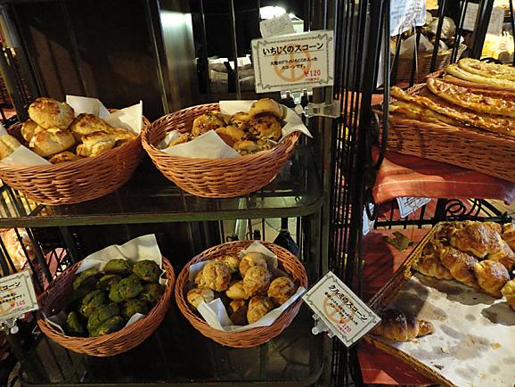 那須2015 ペニーレインでパン購入_e0230011_17384280.jpg