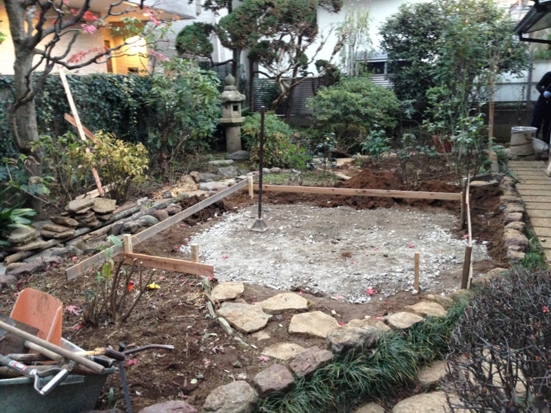 庭造り 「月見台」を造る_f0156448_14304632.jpg