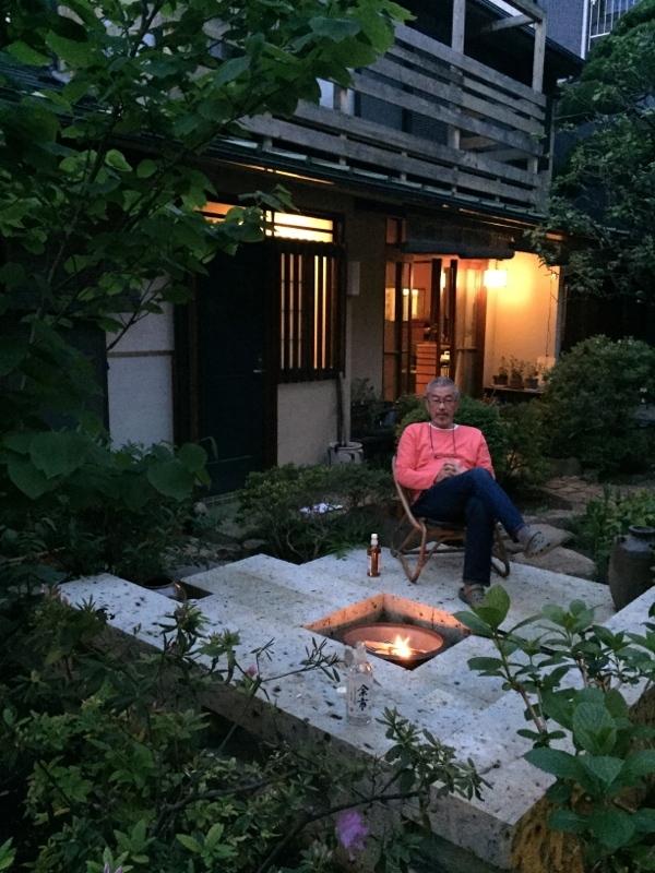 庭造り 「月見台」を造る_f0156448_14304687.jpg