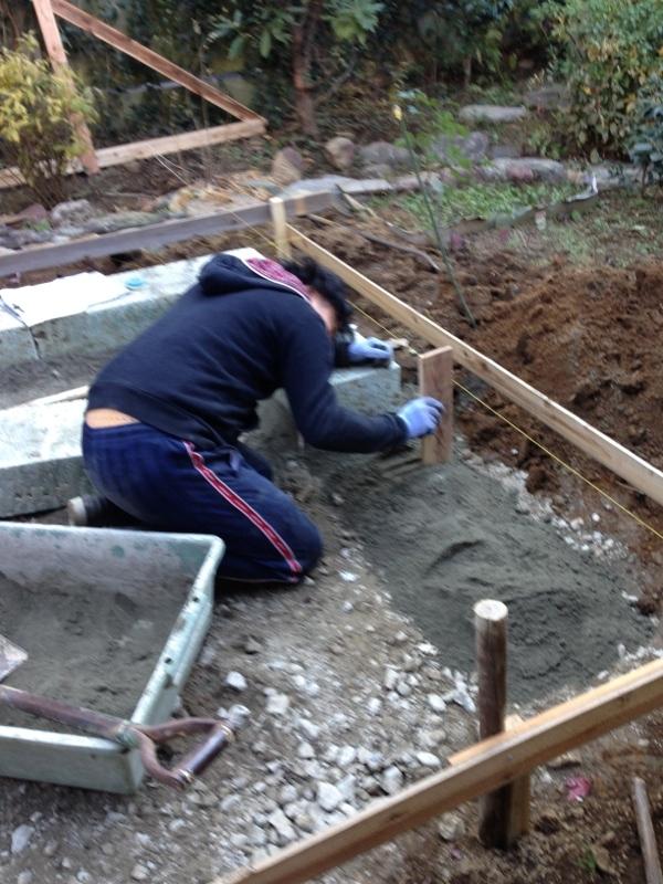 庭造り 「月見台」を造る_f0156448_14304704.jpg