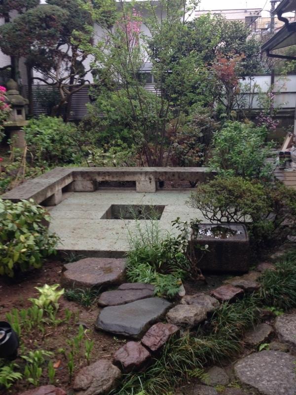 庭造り 「月見台」を造る_f0156448_14310500.jpg