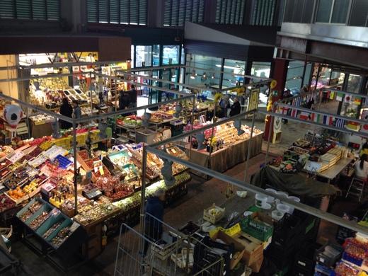 祝日4月25日の中央市場は開けることになりました_a0136671_0173185.jpg