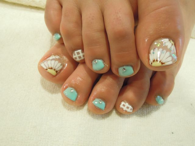 Flower Foot Nail_a0239065_16364215.jpg