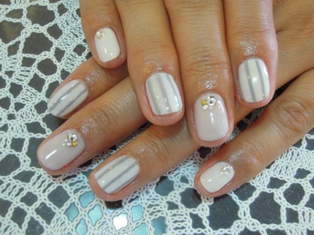 Stripe Nail_a0239065_16412133.jpg