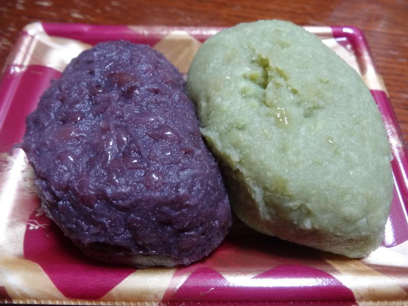 チャンポン麺、厚揚げ、鮭の西京味噌漬け、お握り、おはぎ、煮込みハンバーグ風肉団子です。_c0225997_18341016.jpg