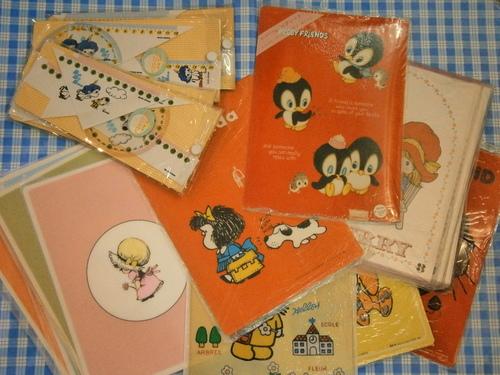 レトロファンシーな包装紙、など♪_e0199317_2205338.jpg