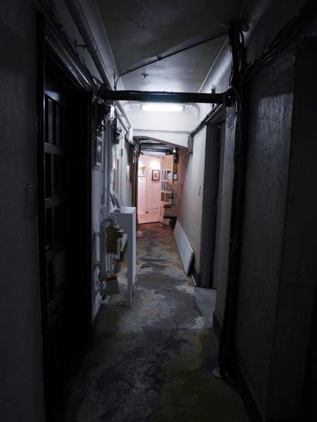 銀座 奥野ビル(旧、銀座アパート)_b0175635_04052100.jpg