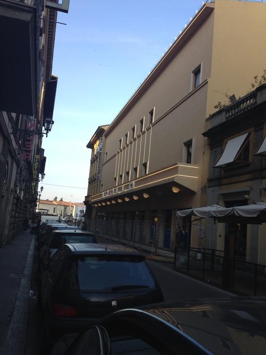 祝日と映画館とホテル_a0136671_115538.jpg