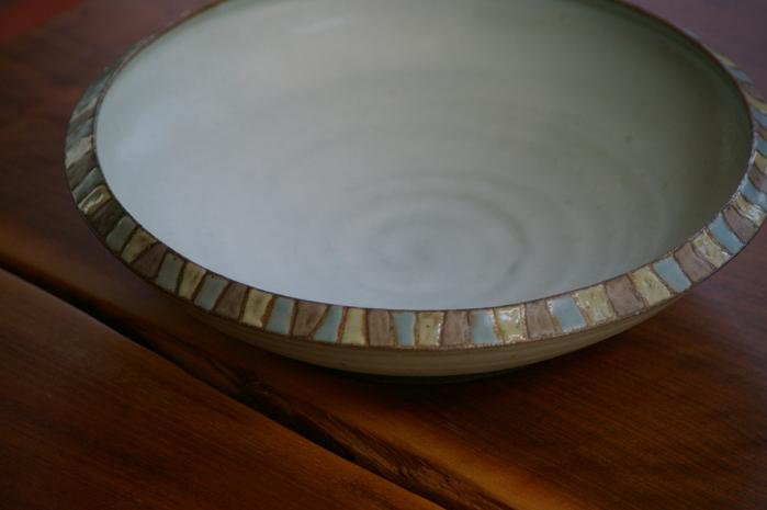 モザイクの鉢。_d0114782_23563972.jpg