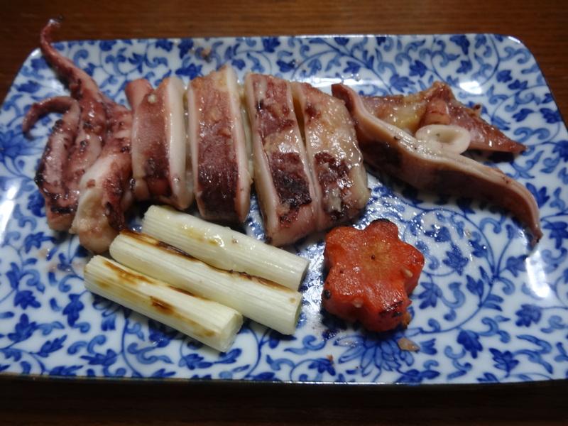 窯焼き叉焼丼、厚揚げの煮物、春雨と野菜の炒め物、烏賊の西京味噌漬けです。_c0225997_2303376.jpg