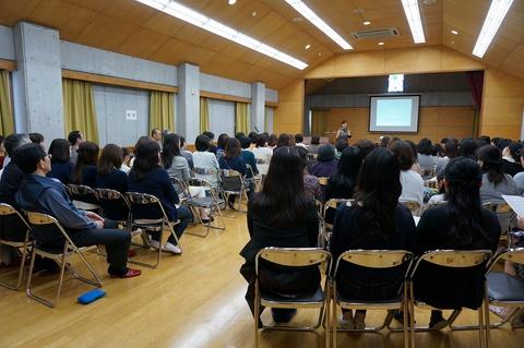 大成幼稚園での講演会と来る母の日コンサート_f0028323_16565178.jpg