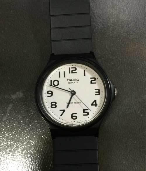980円腕時計の108円電池交換_f0154626_14014955.jpg