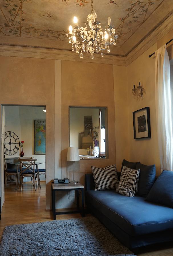 ピッティ宮殿近くの可愛いアパート_f0106597_01492.jpg