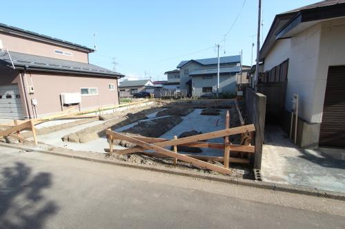 栄町公園の家:捨てコンクリート_e0054299_16510563.jpg