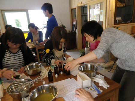 石鹸教室 in KoKIN\'_c0369059_08505793.jpg