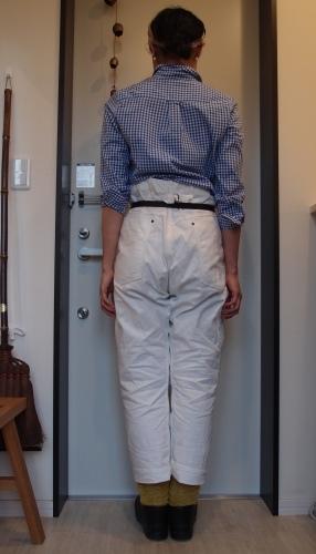 ギンガムチェックシャツと白パンツ冷え取りファッション15 4/28_c0342582_17103386.jpg