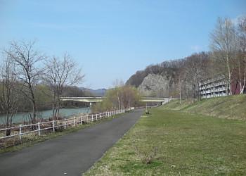 藻南橋から石山大橋へ_f0078286_2213144.jpg