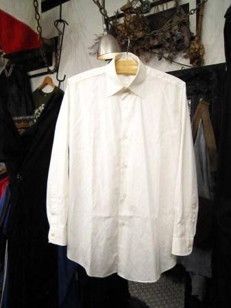 今夜はヨガレッスンのためHERMES、GUCCIのシャツ紹介です(関係ない)_f0180307_21321297.jpg