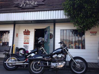 本日のバイク‼︎_f0194657_1774665.jpg