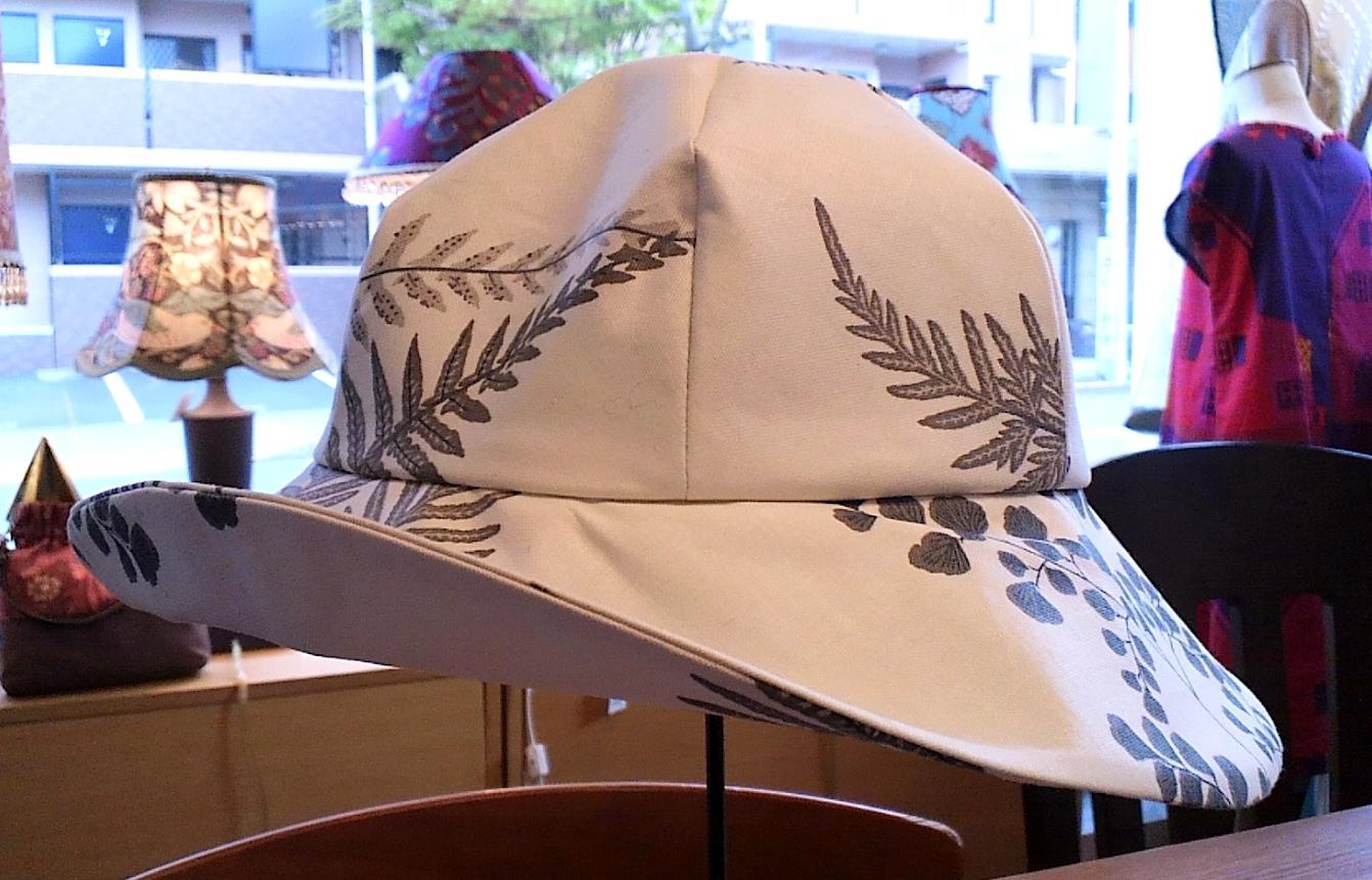 サンダーソンの帽子_c0157866_10485088.jpg