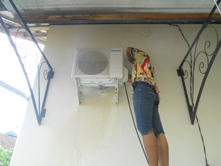 冷房機の掃除料金_d0083068_8191176.jpg