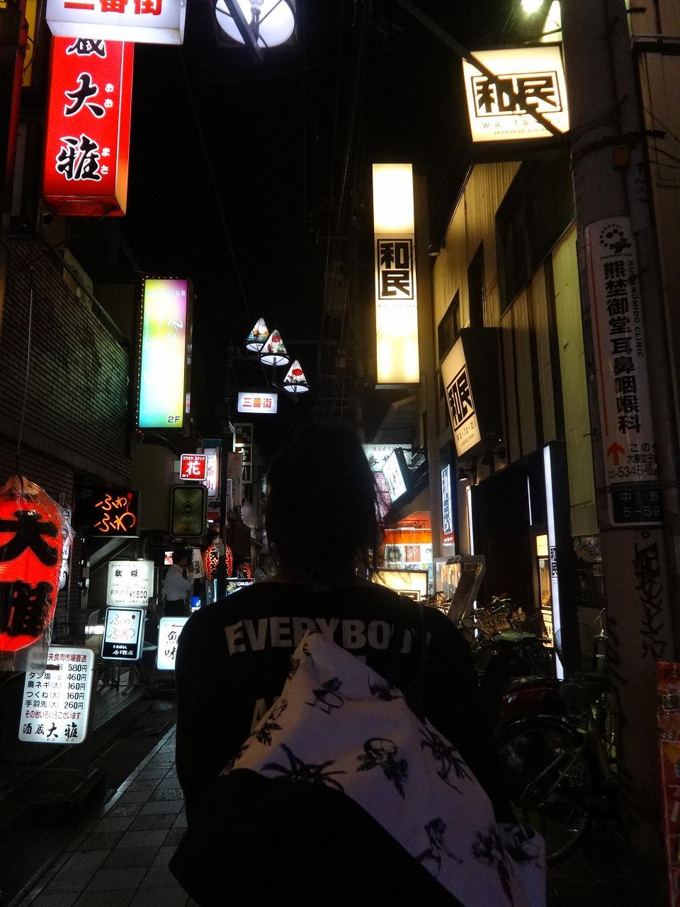 昨日、中野で熟成肉→80'Sバー→朝霞台スポーツカフェ_d0061678_20312930.jpg