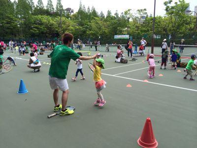 テニスに挑戦!_f0166486_18193954.jpg