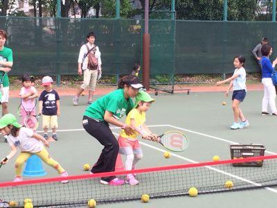 テニスに挑戦!_f0166486_18194017.jpg