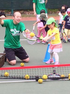 テニスに挑戦!_f0166486_18194199.jpg