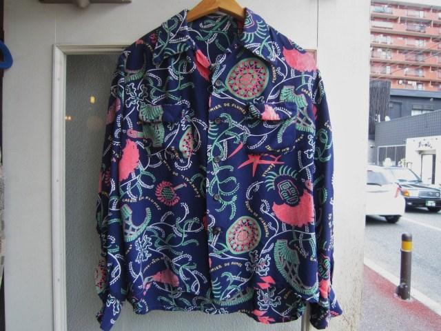 素敵な総柄のシャツ。_a0182112_1627087.jpg