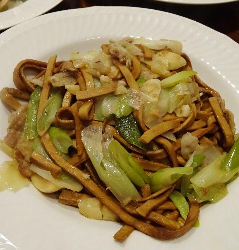 台湾の家庭料理が味わえる「喜来楽(シライル)」@蒲田_b0051666_7444772.jpg
