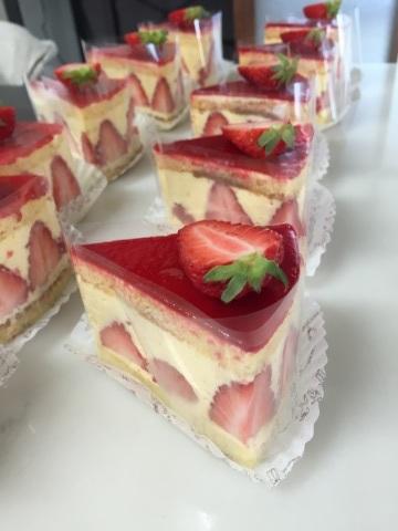 今日のケーキ_c0245979_09501634.jpg