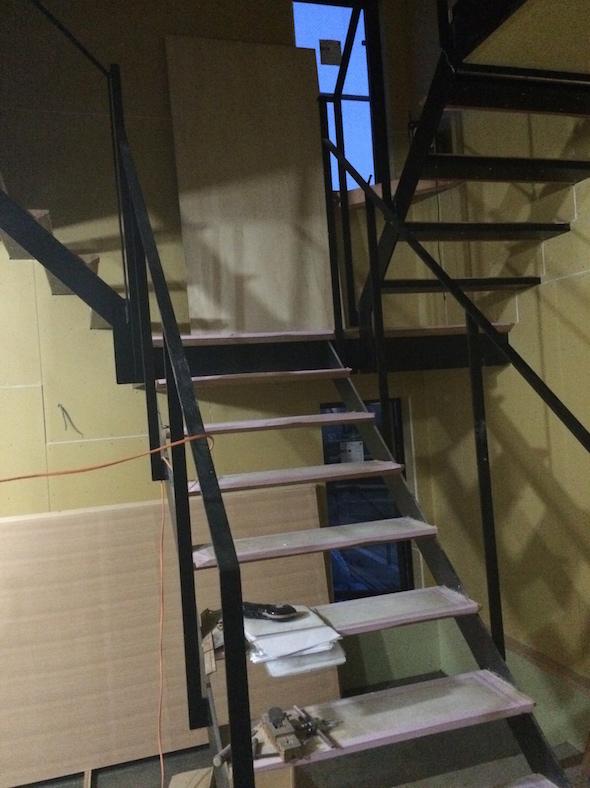 入り組む階段_a0148909_21482913.jpg