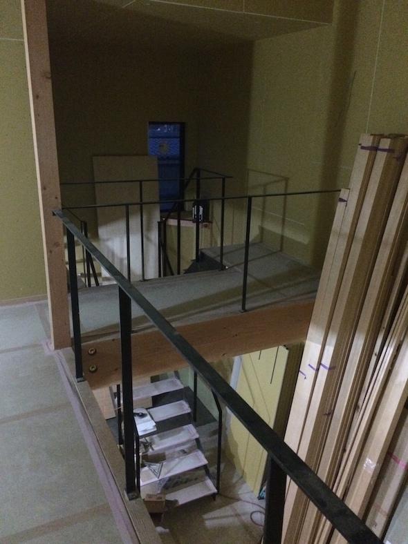 入り組む階段_a0148909_21485053.jpg