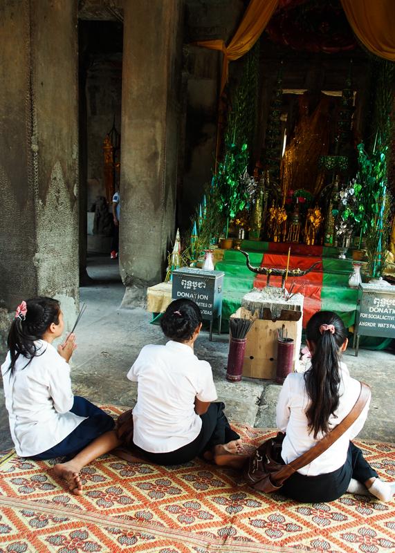 5daysアートチャレンジ/5days『カンボジアの子供達』_d0214541_20233528.jpg
