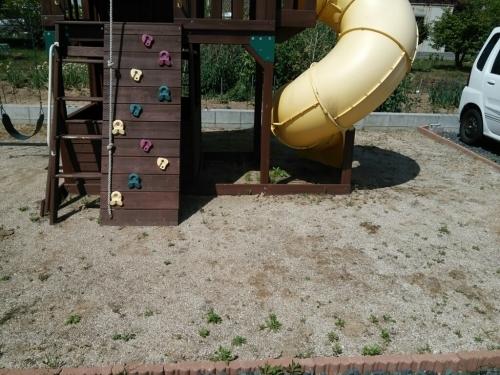 今日はミニ公園の手入れ!_f0331798_18440228.jpg