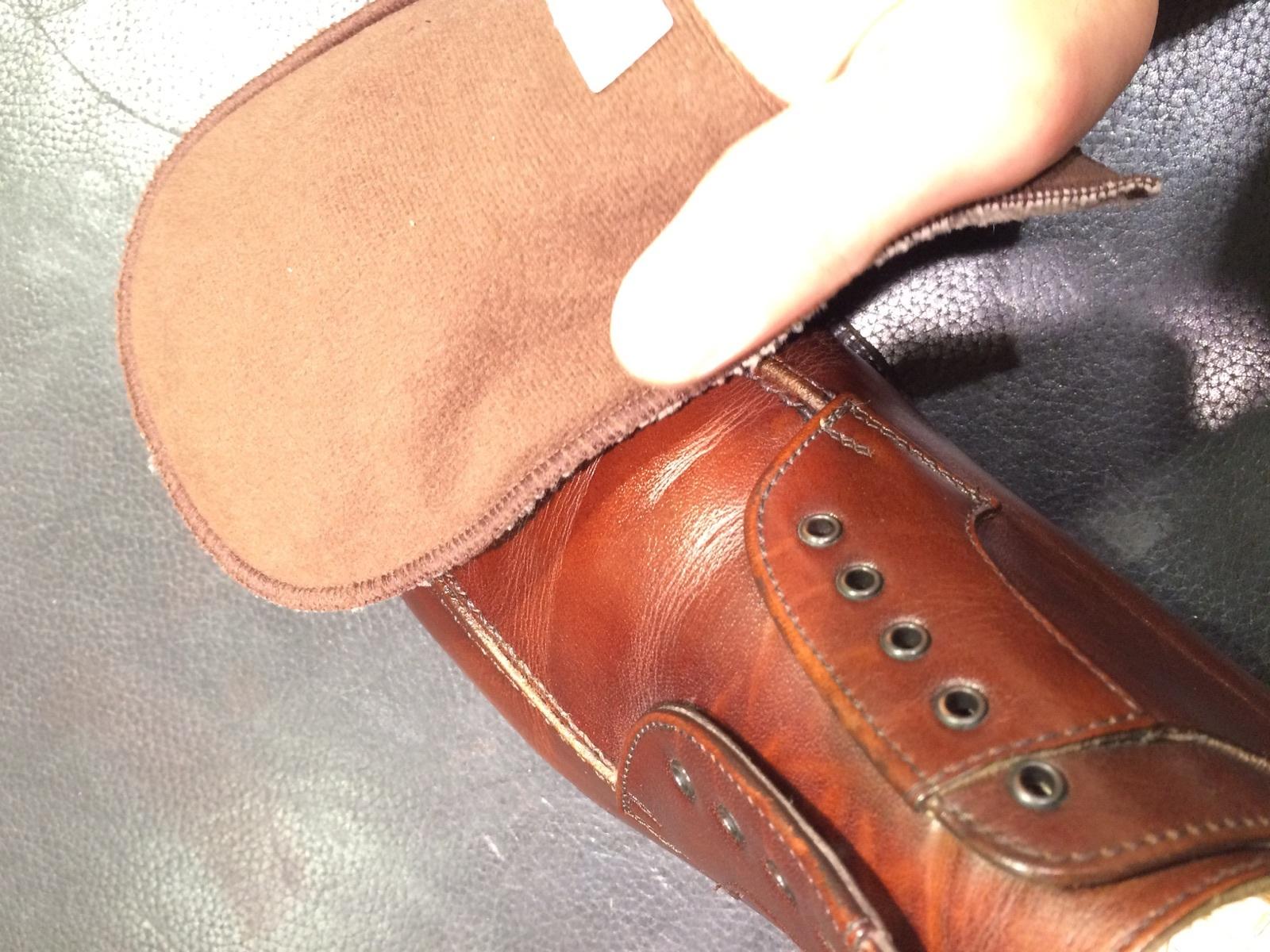 茶色の靴にはどっちのクリーム?_b0226322_13024303.jpg