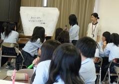 新潟青陵高等学校においてワークショップ「ちがうっておもしろい!」を行いました。_c0167632_1856448.jpg
