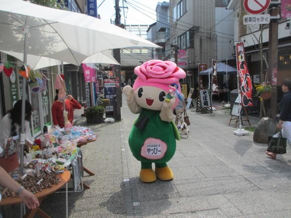 谷津遊路商店街16_b0307537_23053157.jpg