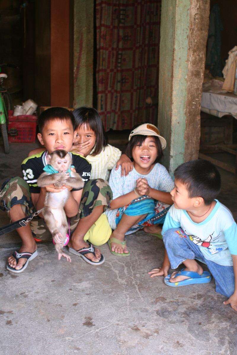 タチレク  ミャンマー越境散策_b0061717_13205282.jpg