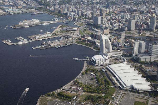 横浜に3万人 5・3憲法集会 戦争・原発・貧困・差別を許さない_f0212121_233226100.jpg